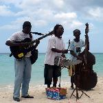 Some of our favorite beach musicians - who always appreciate the gift of steel guitar strings!