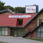Rear view of McCabes restaurant attached to Highwayman
