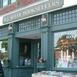 RJ Julia Booksellers -- a book lover's delight