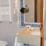 Bathroom, Villa Madrina, Garda.
