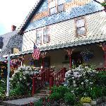 The Maples Inn