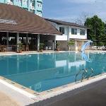 sport villa pool