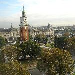 """Blick aus dem Hotelzimmer auf den """"Englischen Turm"""""""