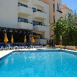 The pool at Olhos De Auga Aparthotel