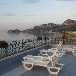 6 uhr mogens von der Terasse aus mit Blick auf Taormina