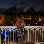 Las vistas desde la terraza de la habitación de noche