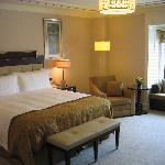 Bosphorus Suite bedroom