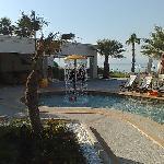 Pool bar!