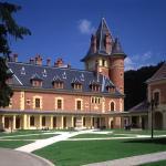 Parádsasvár, Castle Hotel