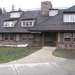 Dunraven Lodge