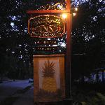 Saragossa Inn sign