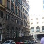 foto de la fachada del hostal