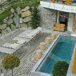 la piscina all'aperto