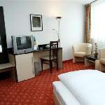 Photo of AZIMUT Vienna Delta Hotel