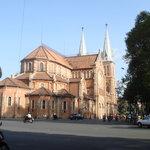 サイゴン教会。心の中心ですね。