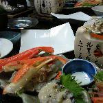 夕食。食べきれない程のボリューム。魚も肉も野菜も美味しかったです。
