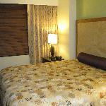 Daisy 1701 Bedroom