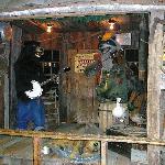 Singing Bear & Raccoon at Smoky Mountain Knife Works