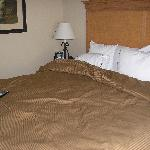 King bed in separate sleeping area