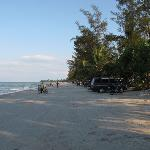 Pasir Padi beach, Flat beach that is nice and safe for children to play