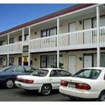 motel exterior (from motel site)