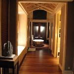 Entrance hallway to bathroom