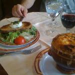 Onion soup and goat cheese salad