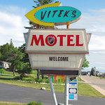 Vitek's sign