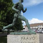 Statue des finnischen Wunderläufers Paavo Nurmi