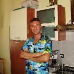 Terrific host Riccardo