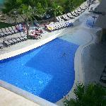 piscina de abajo