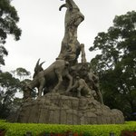 Yuexiu Park - the famous Five Rams sculpture that is considered the symbol of the city