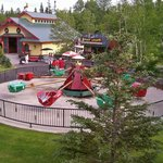 Great park view (flyign school, Fruit Loup's, and Reindeer Barn)