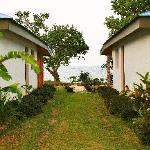 View between bungalows at Tara Beach