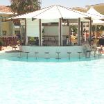 The swim up bar - from our room