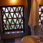 nido bathroom