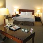 Monarch Plaza Hotel Foto