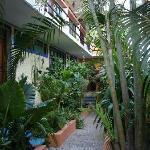 le patio intérieur pour accéder aux chambres
