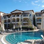 Intercontinental Aphrodite Hills Resort