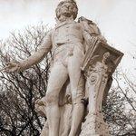 Mozart Statue Photo