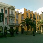 Prestižne meščanske hiše na trgu Plaza Mayor de Santa Ana; Las Palmas de Gran Canaria, SP