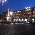 night time in the piazza