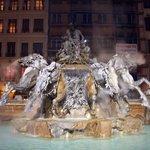 Estatua de de la plaza del Terraux, los caballos bufan parece q te van a pasar por encima jeje