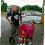 Waiting for a taxi with Uusha, 2 and Matilda, 5, next to the side entrance of Coaching Inn hotel