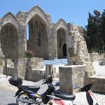 Dolapli mosque