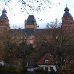 Schloss Johannisburg mit Schlossanlagen Foto