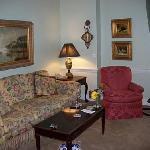The living room area of 1 bedroom deluxe suite