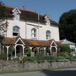 Burpham Country House Front 1