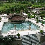 Pool- Naturally Hot