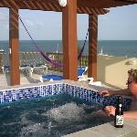 Caye Reef Roof-top Hot Tub